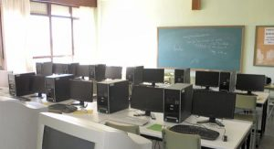 Curso mantenimiento aulas informática